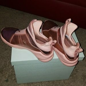 watch cb40a b4a51 Puma Shoes - PUMA Women s Fierce Copper Velvet Rope Training Sh